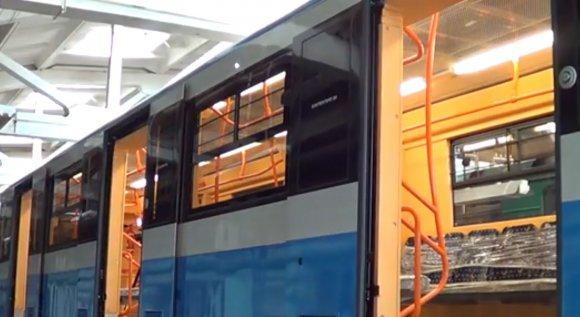 У Львівському метро презентували новий потяг