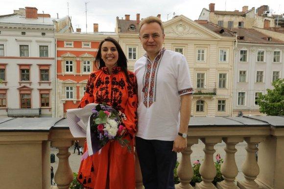 Перед концертом у Львові Джамала зустрілася з Садовим і відвідала Львівське метро
